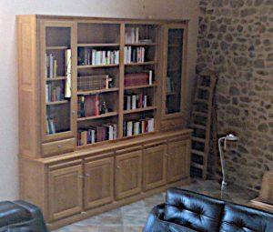 bibliotheque en chêne massif, vernis naturel