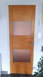 porte vitrée en hêtre
